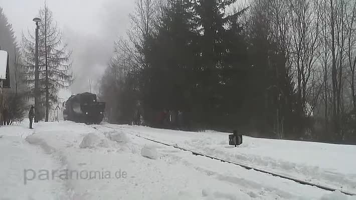Foto: Dampflok 528079-7 beim Rangieren in Holzhau